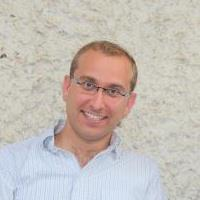 """בהנהלת עו""""ד גיל ברינגר , מנהל אקדמי: הרב ד""""ר יצחק כהן"""