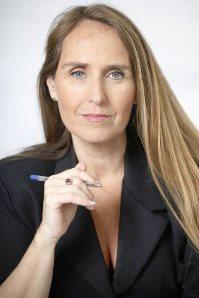 """ד""""ר ג'ודי ברודר, מנהלת הקליניקה"""